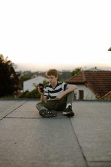 外国少年图片下载