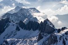 雪山山地景观精美图片