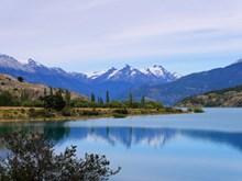巴塔哥尼亚湖泊景观高清图片