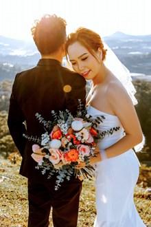 新人户外婚纱照摄影图片下载