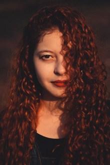 网红泡面卷发型高清图片
