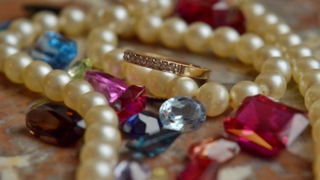 珠宝项链首饰图片