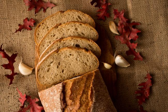 早餐全麦面包精美图片