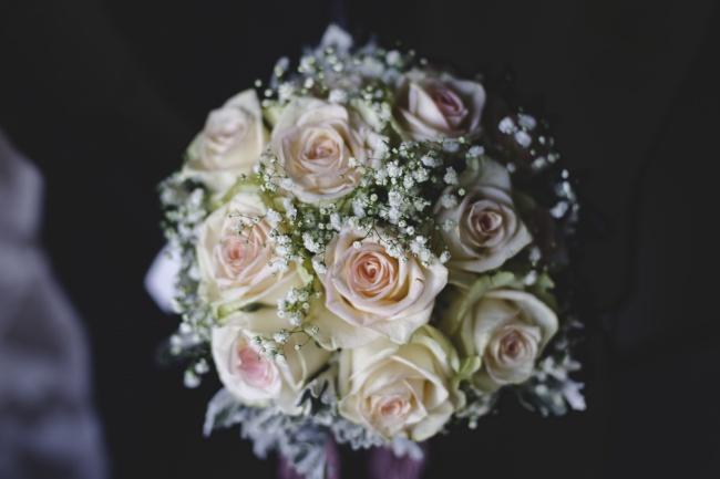 婚礼玫瑰手捧花图片素材