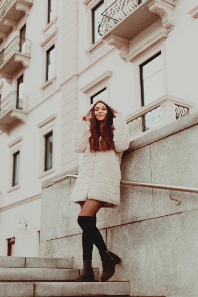 欧美熟女模特人体艺术图片素材