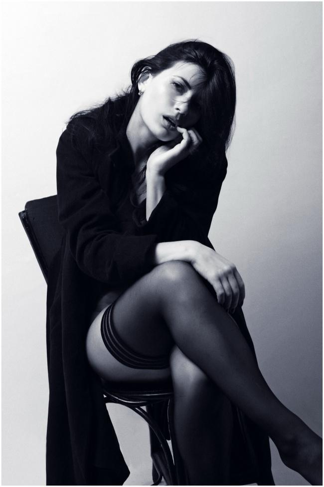黑白西西人体丝袜美女精美图片