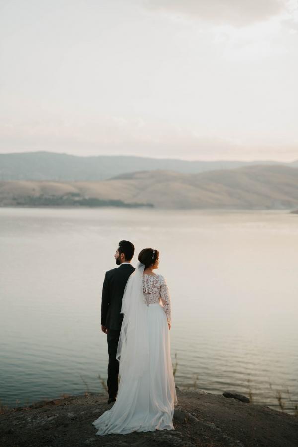 旅拍婚纱照背影图片素材