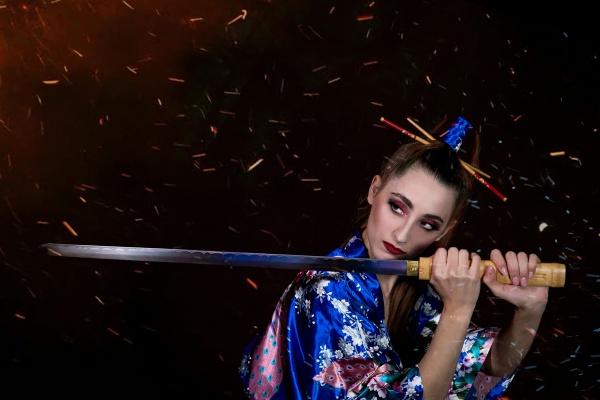 欧美穿日本和服美女图片素材