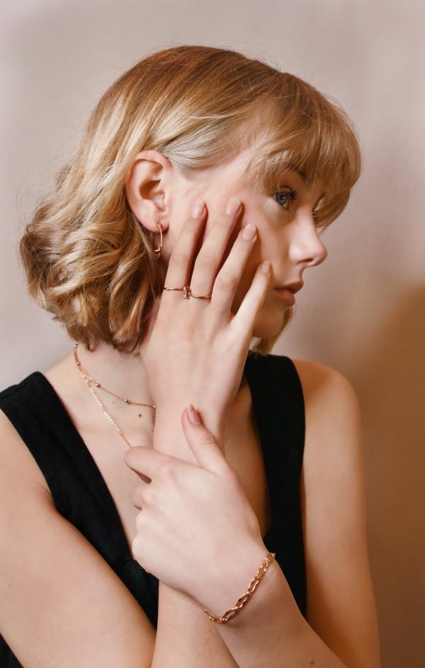 欧美美女人体艺术写真高清图片