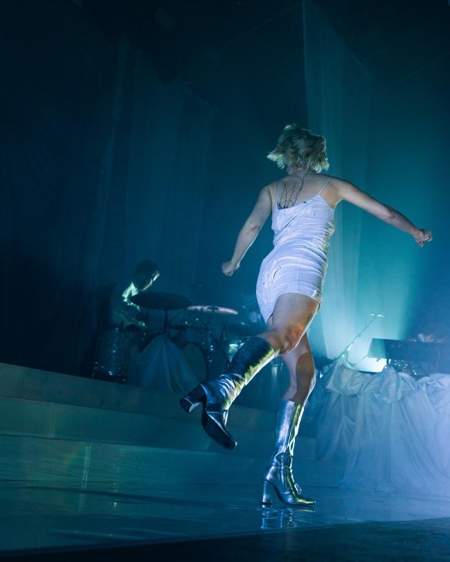 优雅女人跳舞高清图片