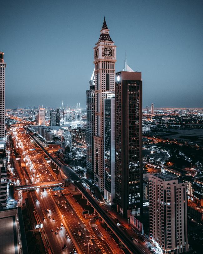 灯光璀璨都市夜景图片下载