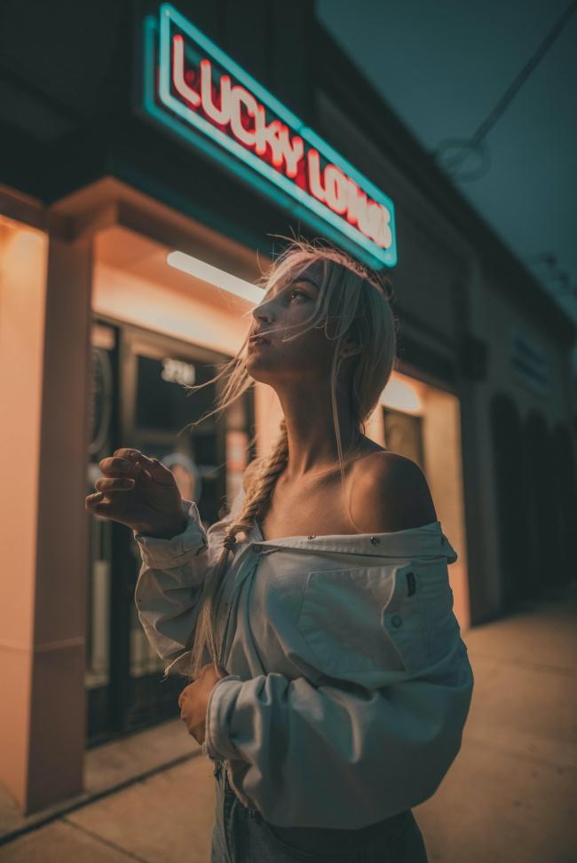 午夜街拍性感人体艺术精美图片