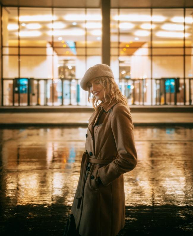 巴黎风情美女精美图片