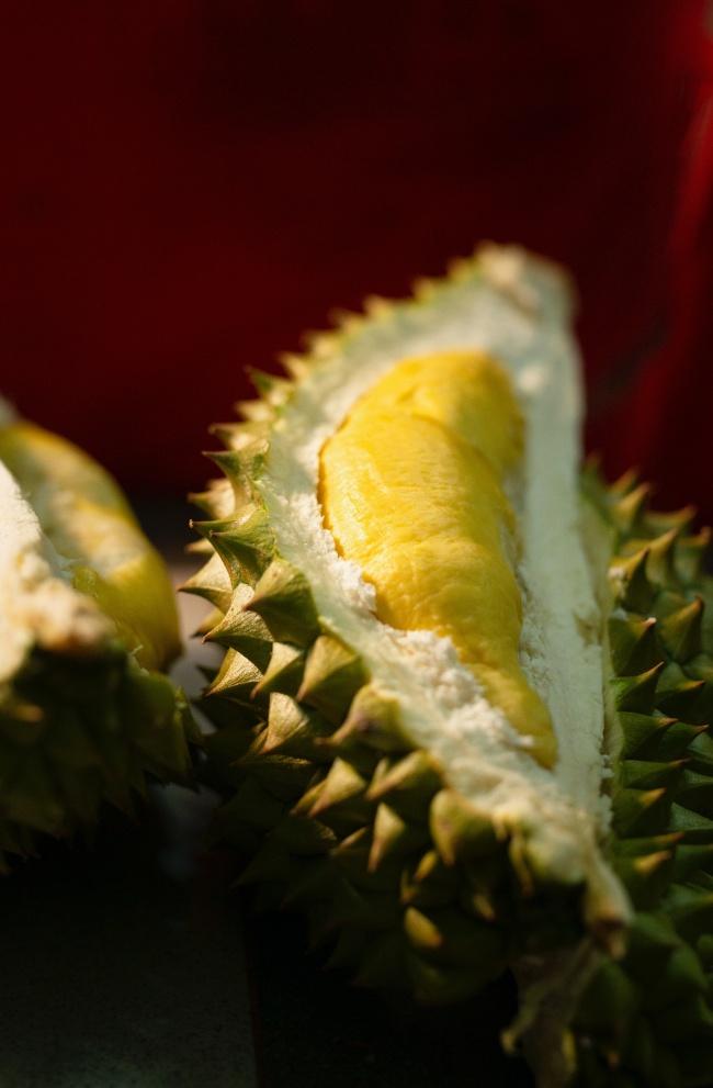 成熟榴莲果肉高清图