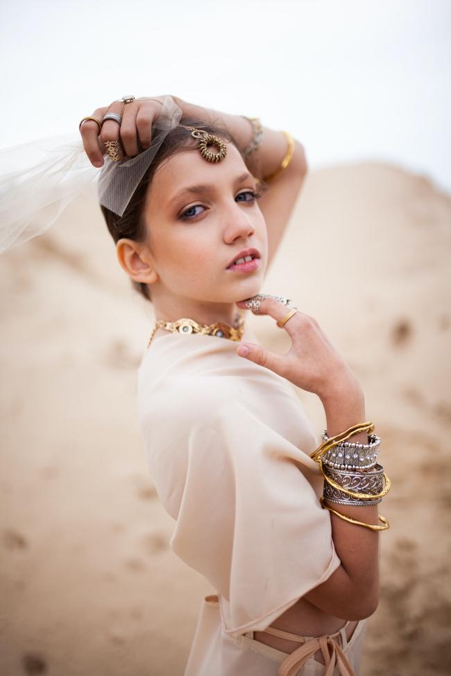 MM131美女艺术人体写真精美图片