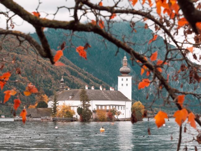 秋季山水风景图片