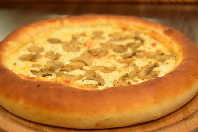 美味奶酪披萨饼高清图