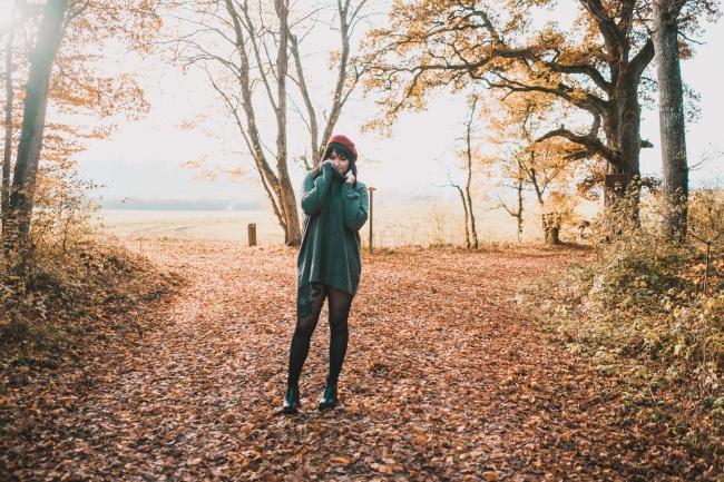 欧美非主流秋季美女图片